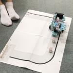 子供ロボットプログラミングの様子